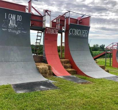 Twin Ponds on the FARM - Corn Maze, Warp Wall & More! in Montgomery, NY